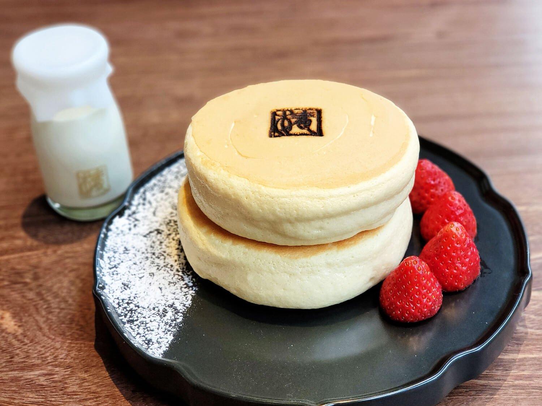 渋谷店限定 北海道ほっとけーき ソルティクリーム 1450円。