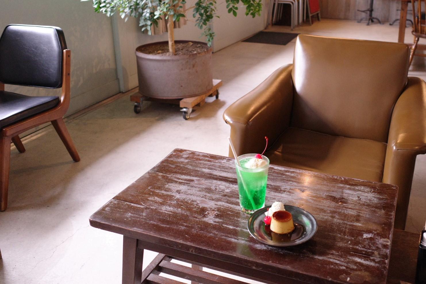 クリームソーダ580円と一緒に注文するお客さんが多い。