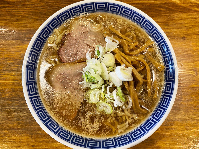 煮干し中華そば850円。