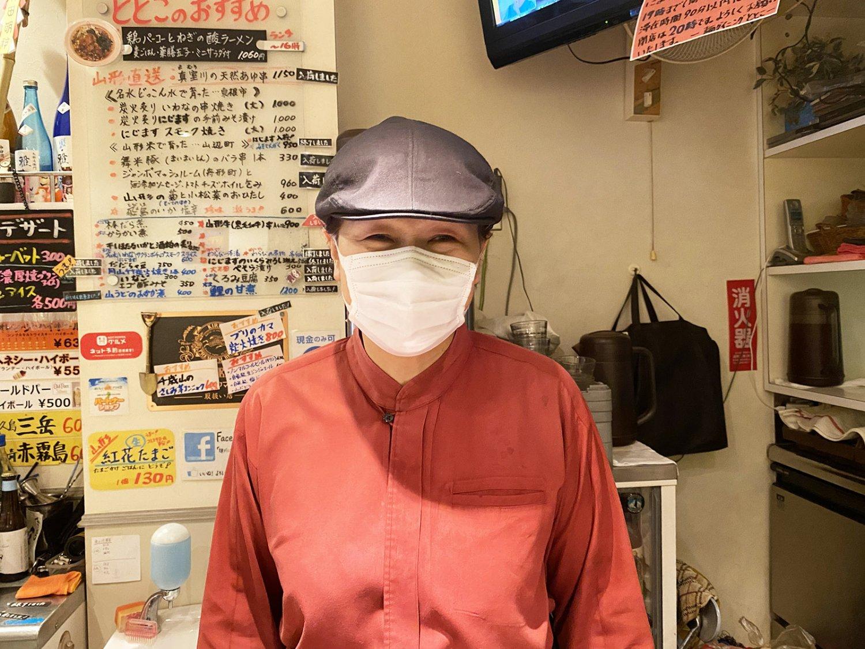 店主の菅原由紀子さん。