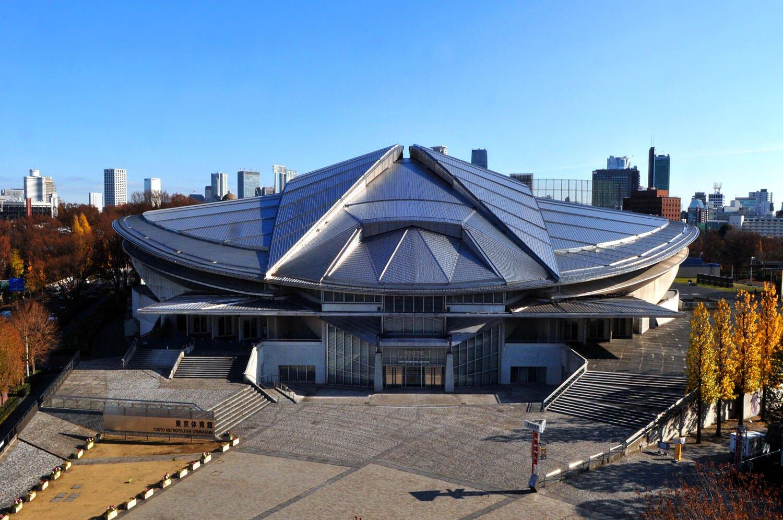 1990年全面改築後の写真。設計は代官山ヒルサイドテラスなどを手掛けた建築家槇文彦氏。今大会ではオリ・パラの卓球会場となる。 写真提供:東京都スポーツ文化事業団 ※2018年以前のもの。