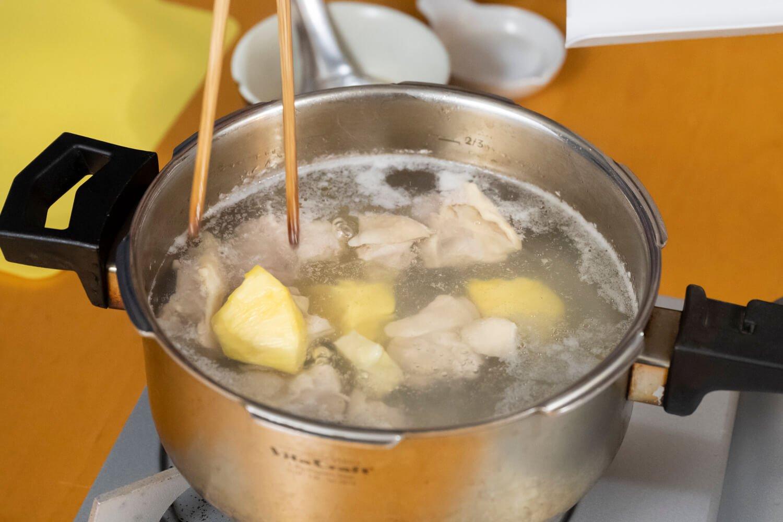 台湾菜鳳梨鶏湯2