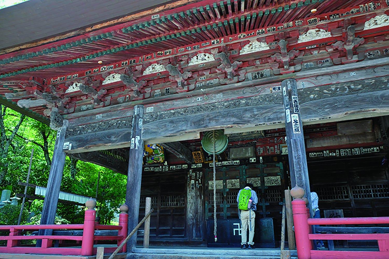 「二十三番松風山音楽寺」。寺名の由来は、近くに札所を創設した十三賢者の地蔵があるが、その賢者たちが松風の音を聞いて、それは菩薩の奏でる音楽だと感じたので。ヒット祈願で訪れる人も多し。