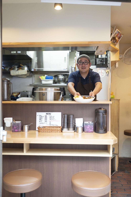 保村伸夫さんが2015年に開店。