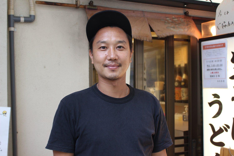 橋野さんは『池尻蕎麦』を経営する一方、地元サッカー少年団の監督もしている。
