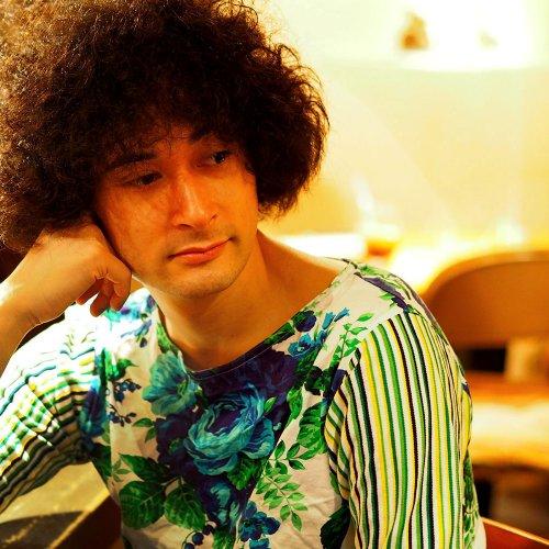 【YouTuberみのインタビュー】ビートルズ体験、アメリカ留学、村上隆との出会いを経て、「邦楽の歴史を再編纂する」とい...
