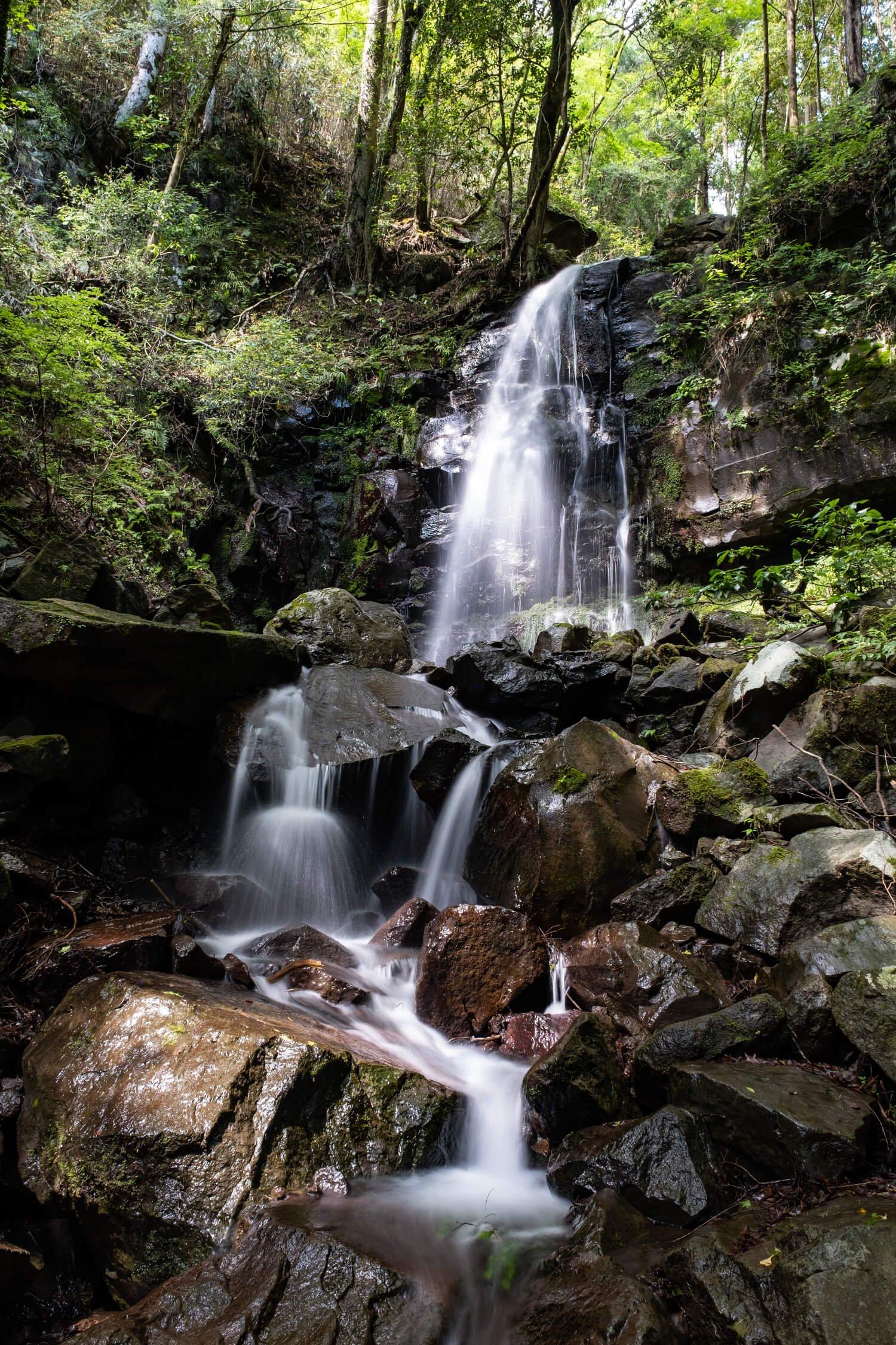 頼光対面の滝