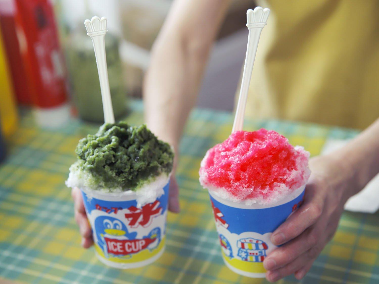 自家製餡たっぷり宇治あずき450円、シロップが選べるふる~つみるく450円。かき氷~9月30日。