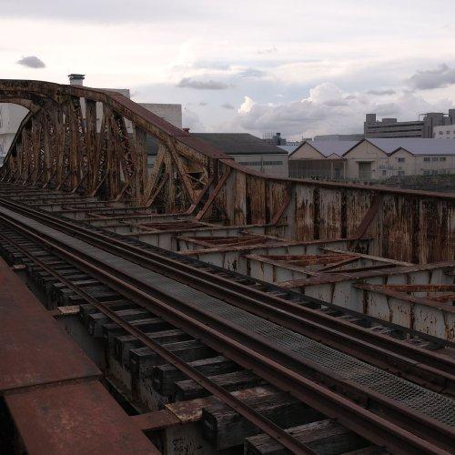 【後編】日本初の溶接鉄道橋が残存する横浜港米軍専用線跡