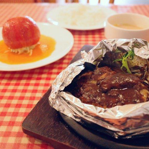 板橋の街の洋食屋『AIDA』の魅惑のランチはふっくらハンバーグに濃厚ビーフシチューがトロリ!