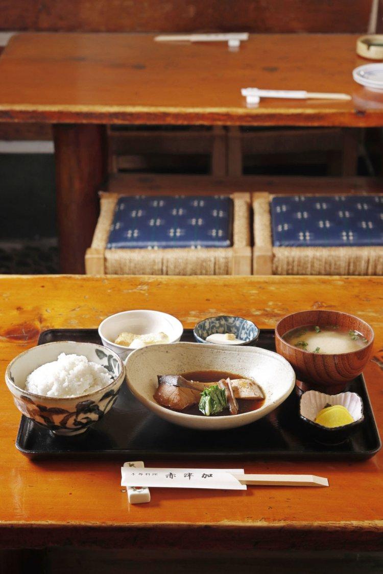 季節料理 赤津加(きせつりょうり あかつか)