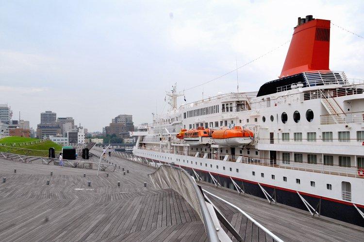 横浜港大さん橋 国際客船ターミナル(よこはまこうおおさんばし こくさいきゃくせんターミナル)