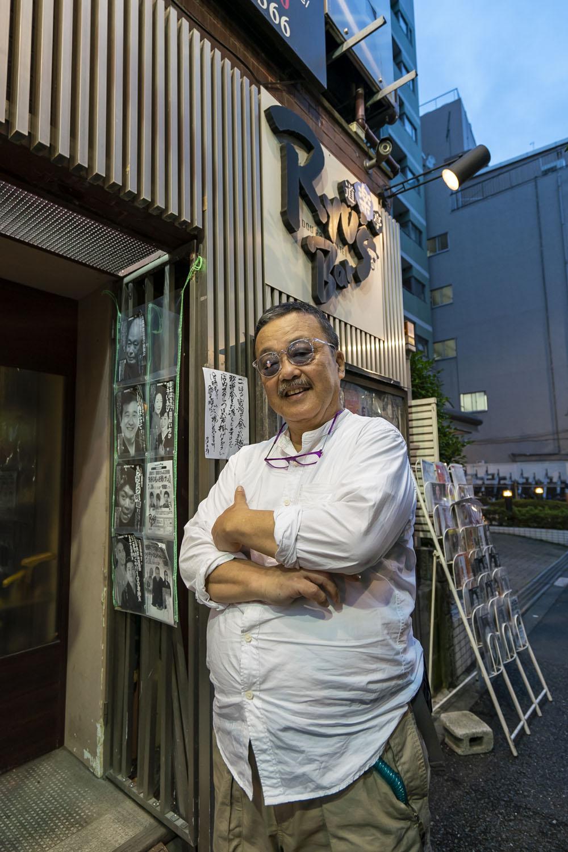 新宿2丁目のど真ん中で。橋本さん。