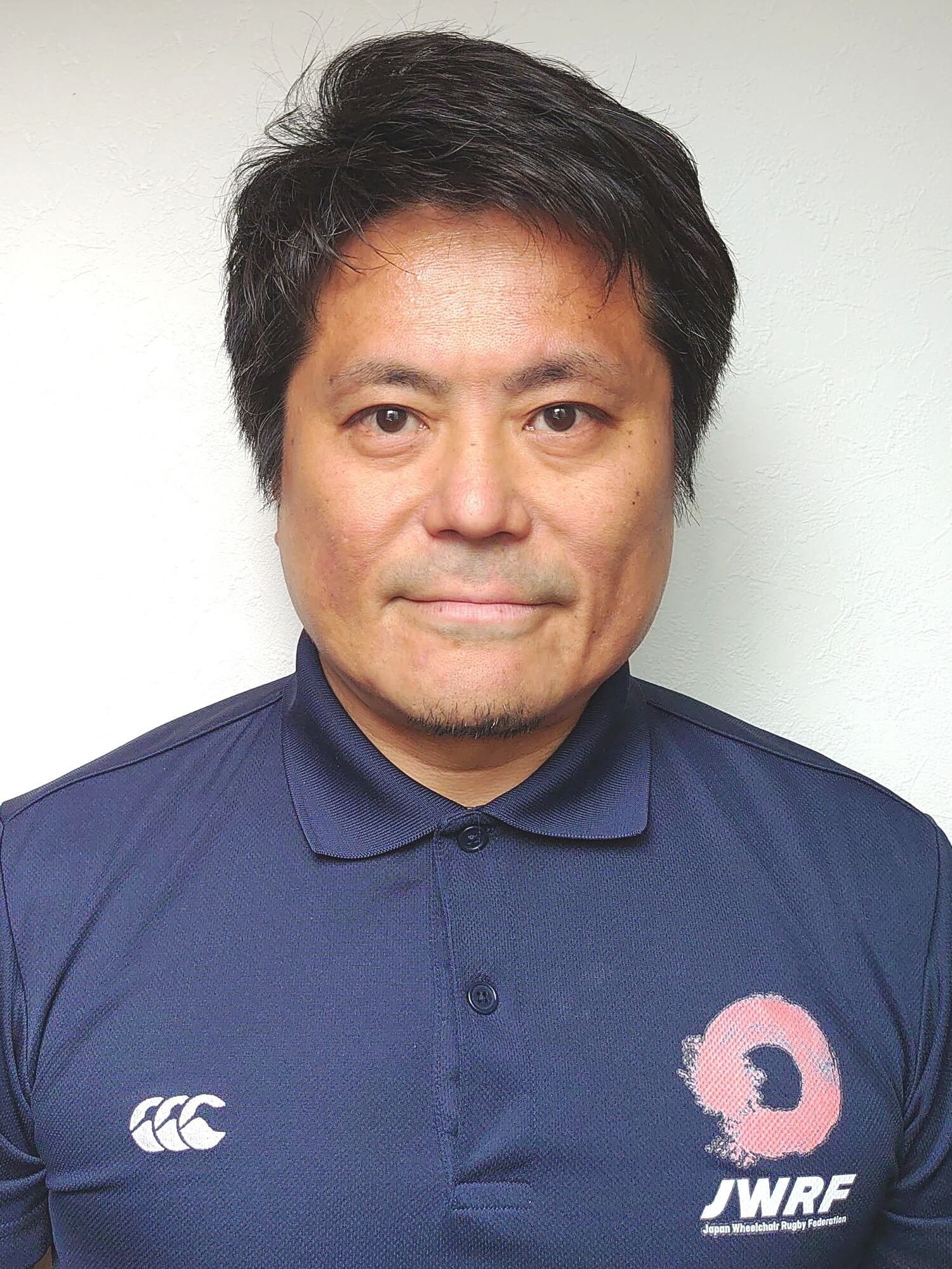 日本車いすラグビー連盟広報担当の佐藤裕氏。「練習は体が不自由な選手が多いので開始準備に2時間、練習後の床掃除に1時間半かかり、スタッフの頑張りも大変なものです」。