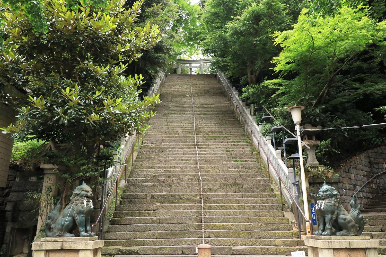 愛宕神社の「出世の石段」。