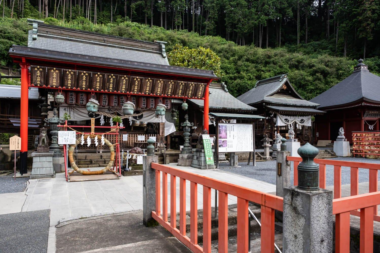 慈覚大師により天長4年(827)創建されたと伝わる太平山神社。