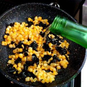 とうもろこしの海苔バター焼きに「賀茂鶴 純米酒」 〜暑い夏は少し遠ざかっていた日本酒と再び距離が近くなる季節〜