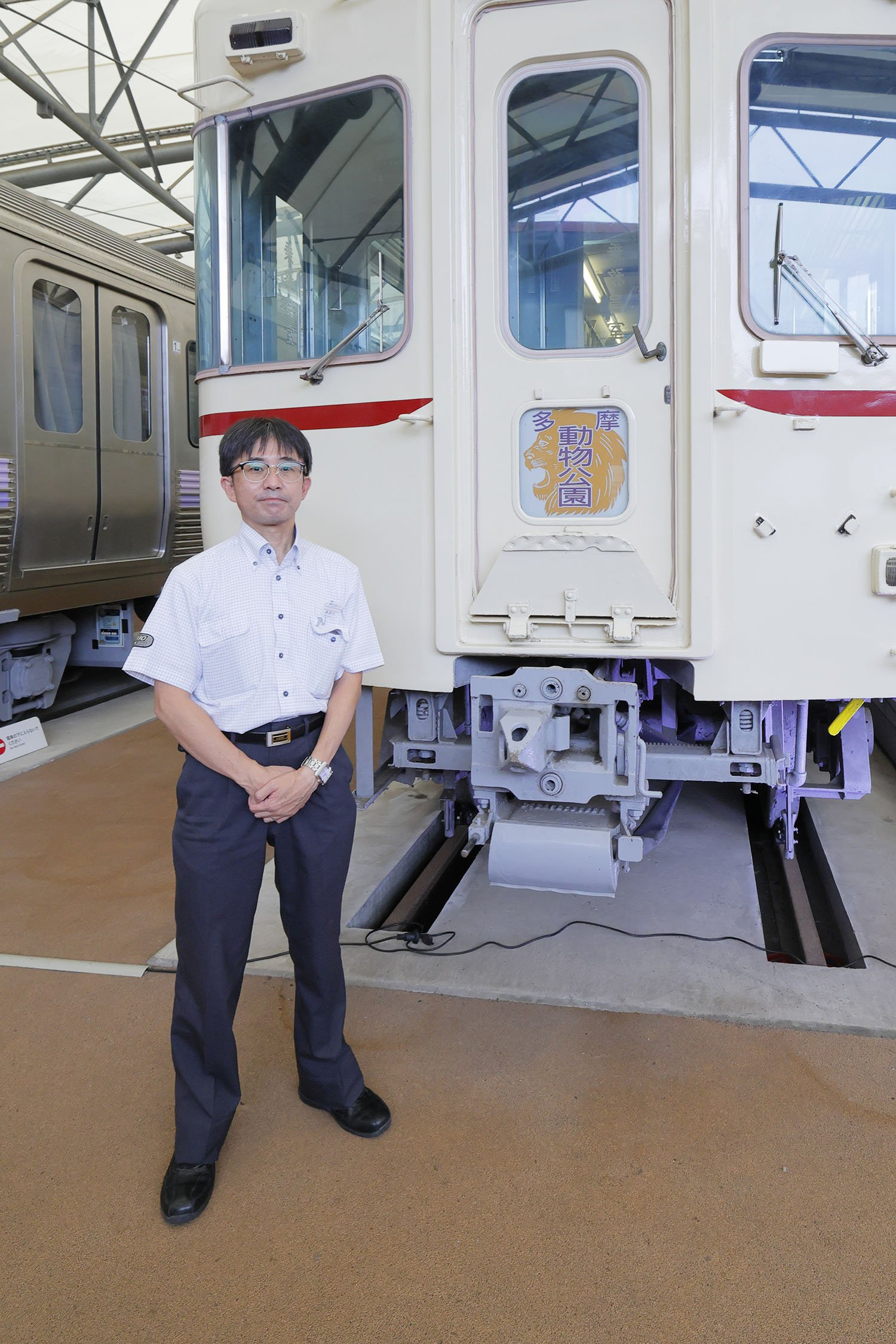 京王れーるランドスタッフ秋田さん