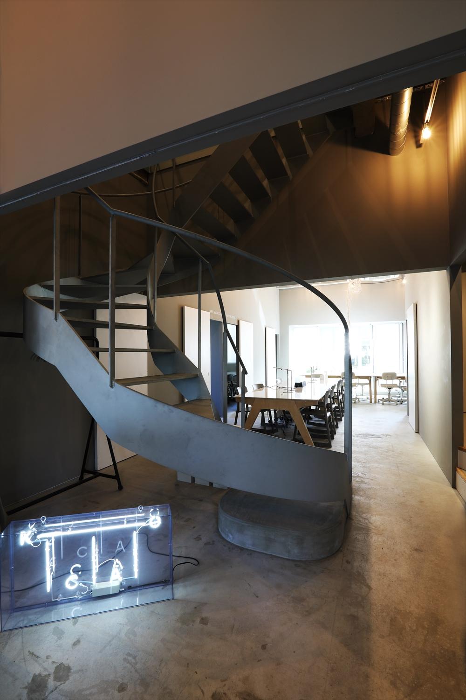 運営と空間デザインは「@カマタ」。料理家や建築家などのクリエイターが入居している。