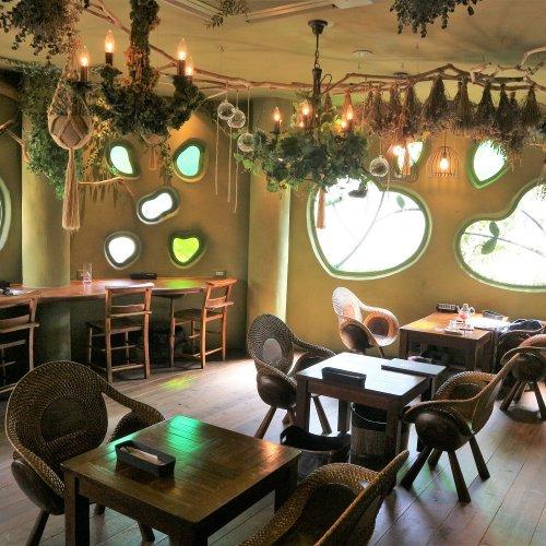 """吉祥寺『TEA HOUSE はっぱ』で、紅茶を片手に""""絵本の世界""""に浸る"""
