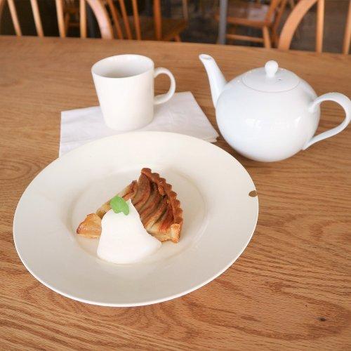 """紅茶とスイーツが美味しい吉祥寺カフェ『coromo-cya-ya』は、""""衣食住""""が隔たりなく存在する空間なのだ"""