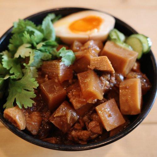 要町『台湾早餐天国/TSUMUGU CAFE』の、台湾の食文化が育んだ「意識しない系」ベジ美食でゆったり週末モーニング。