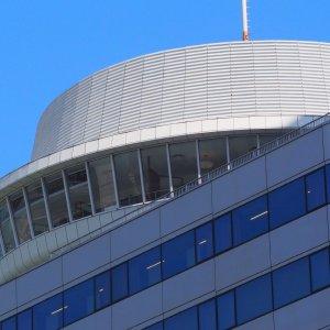 追憶の「回転レストラン」。あの回る望楼は、日本の近代を映し出すフィルムだった
