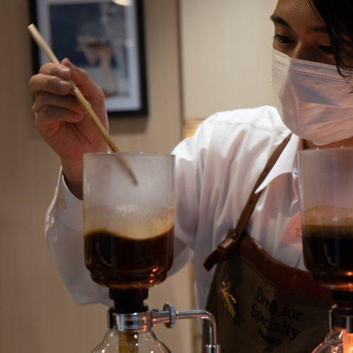 日本橋『HARIO CAFE室町店』で見つけたい、自分好みのコーヒースタイル