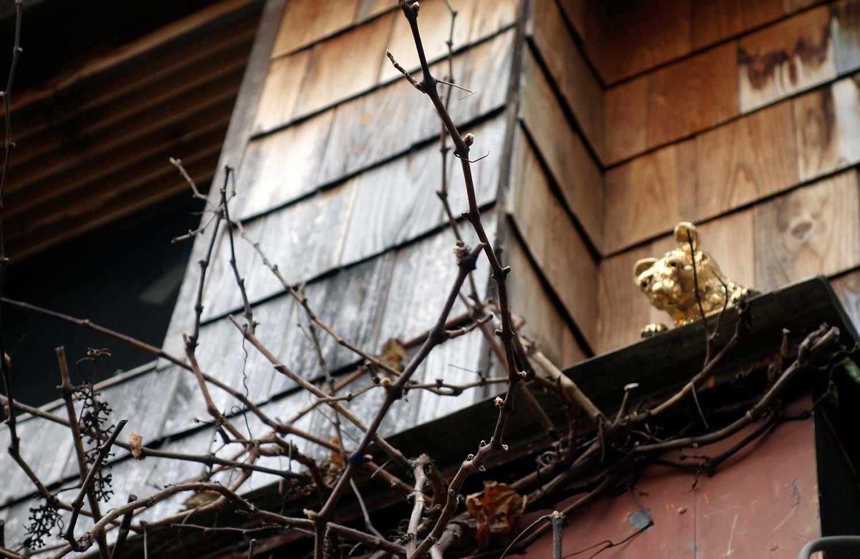 街の中に隠れる『Golden neighbors(金色ネズミ)』。陶器で作られた金色に輝くネズミさんは全部で20匹。彼らを探すだけでも1日が終わってしまいそう。
