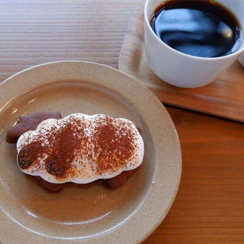 """『ギャルリーノン 西荻窪』""""衣食住芸""""をテーマにしたショップのカフェで本格焼菓子とコーヒーに舌鼓!"""