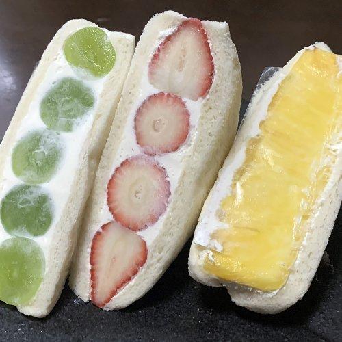 『ダイワ中目黒』のフルーツサンドもはや食べるパンの宝石!?果物もクリームも絶品!