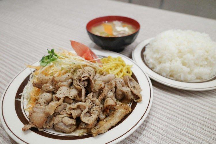 洋庖丁 池袋店(ヨウボウチョウ イケブクロテン)